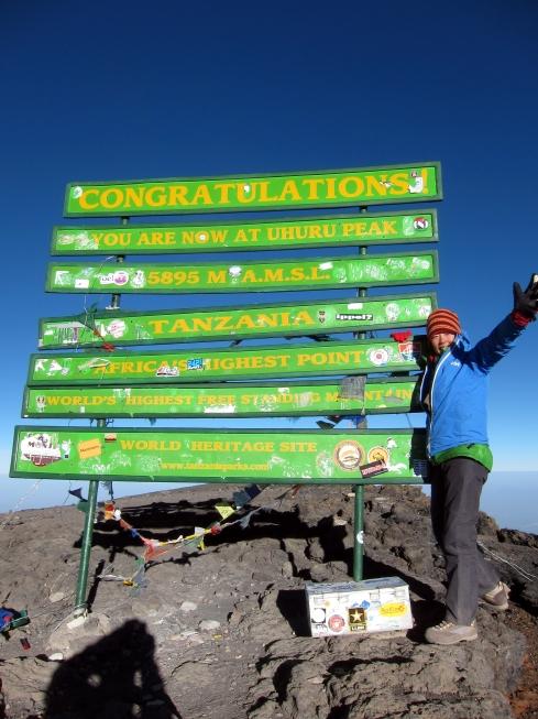 kilimanjaro登頂記念写真